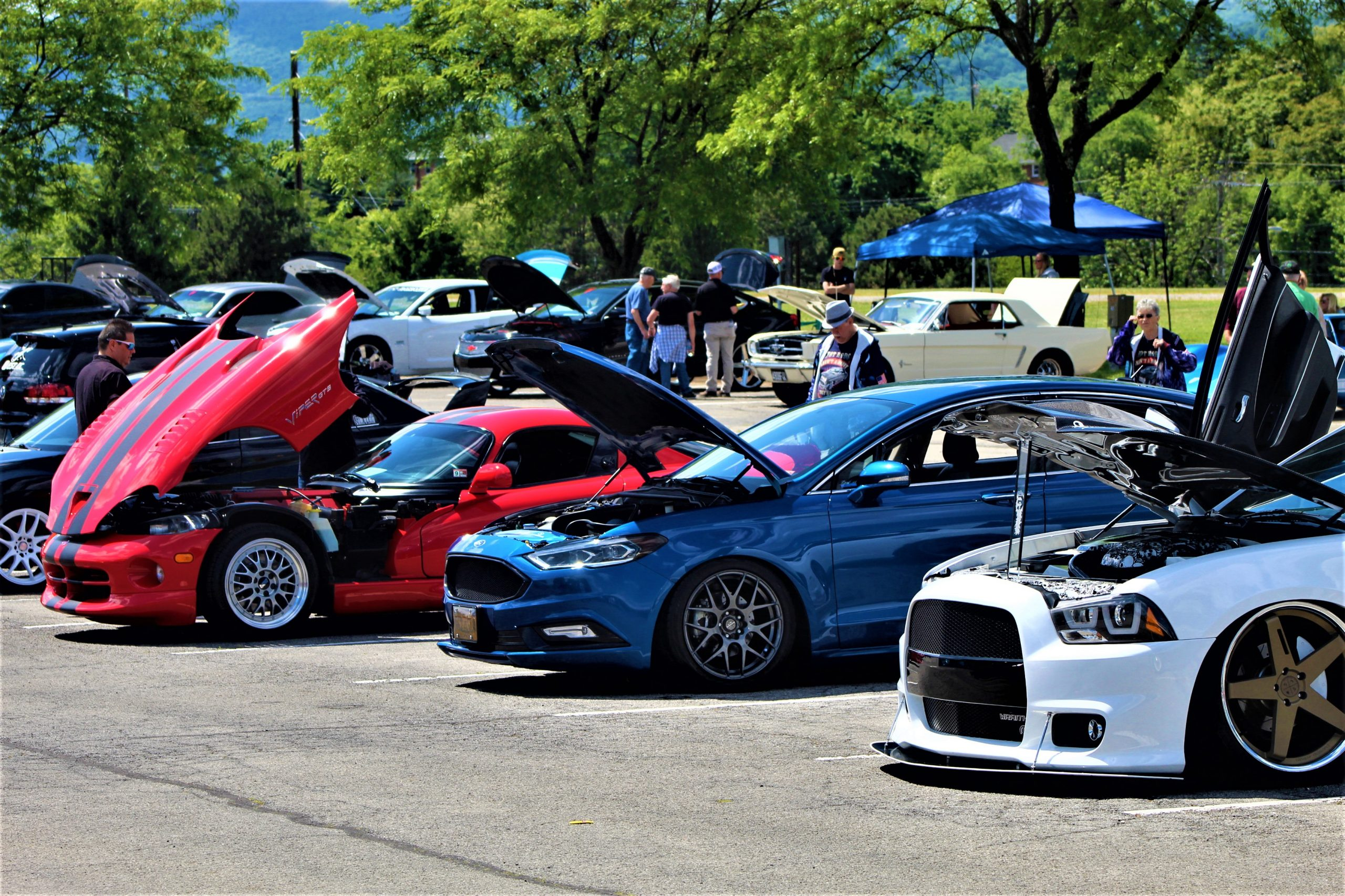 Salem spring car show attracts vehicle enthusiasts of all ages